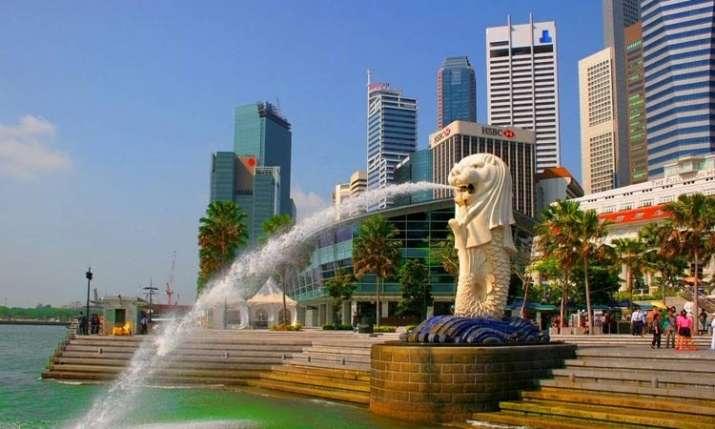 Singapore business community- India TV Paisa
