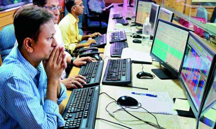 Indices off record highs; Sensex slumps 383 pts on profit booking- India TV Paisa
