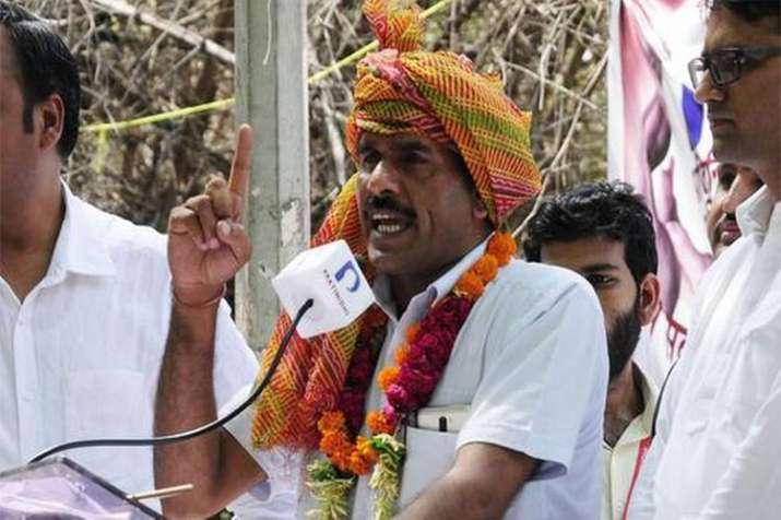 Tej Bahadur Yadav's nomination suspended from Varanasi Lok Sabha Seat- India TV