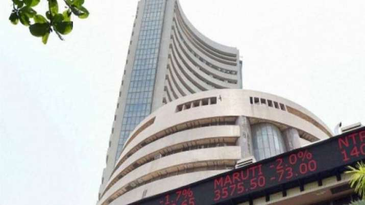 Sensex tanks over 300 pts after RBI policy outcome; financial stocks drag- India TV Paisa