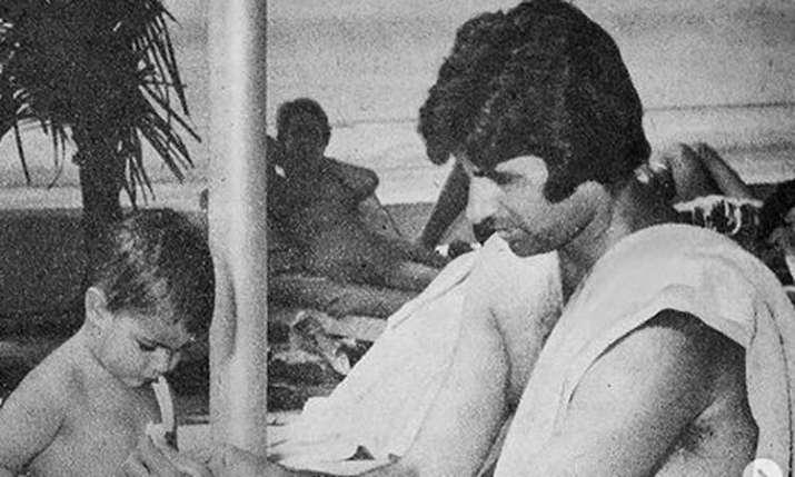 Amitabh Bachchan with Shweta Bachchan Nanda- India TV