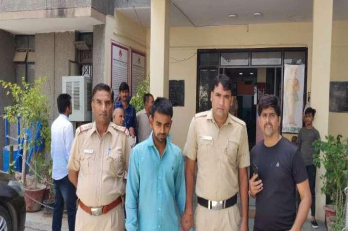Delhi Police arrest key accused in murder case of CA student in east Delhi- India TV