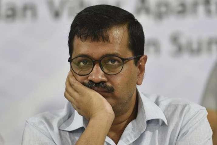 दिल्ली के स्कूलों में दिलाई जा रही आम आदमी पार्टी की वोट देने की कसम!- India TV