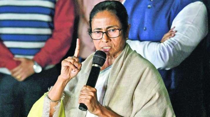 Mamata Banerjee targates BJP and said Jo humse takraega wo choor choor ho jaega- India TV