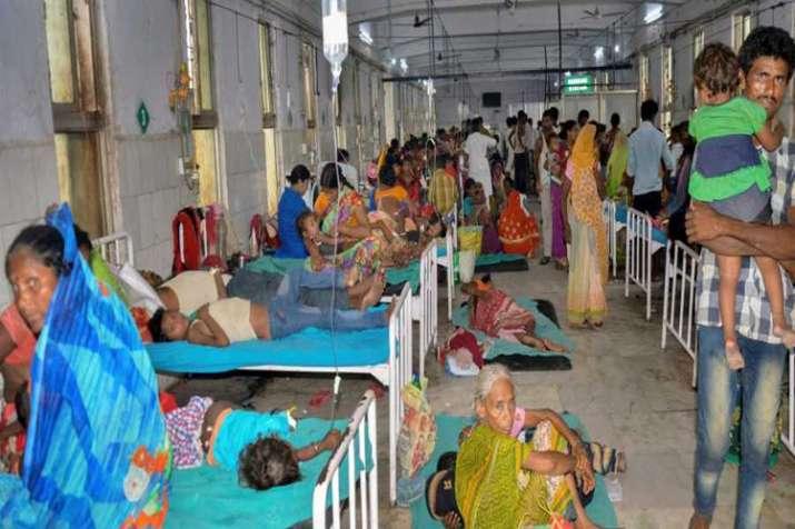 बिहार में चमकी बुखार से 146 बच्चों की मौत, मुजफ्फरपुर के अस्पतालों में कैमरों पर बैन- India TV