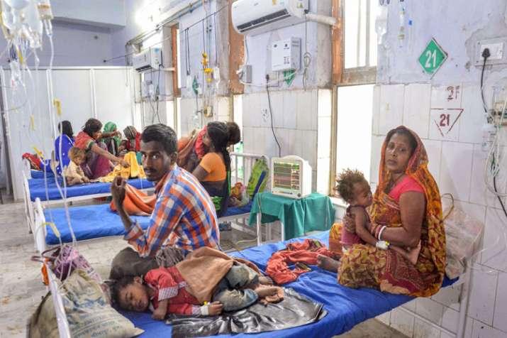 बिहार में चमकी बुखार का हाहाकार जारी, सरकार ने साध रखी है चुप्पी- India TV