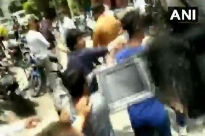 bjp leader kailash vijayvargiyas son mla akash vijayvargiya beaten thrashes municipal corporation of- India TV