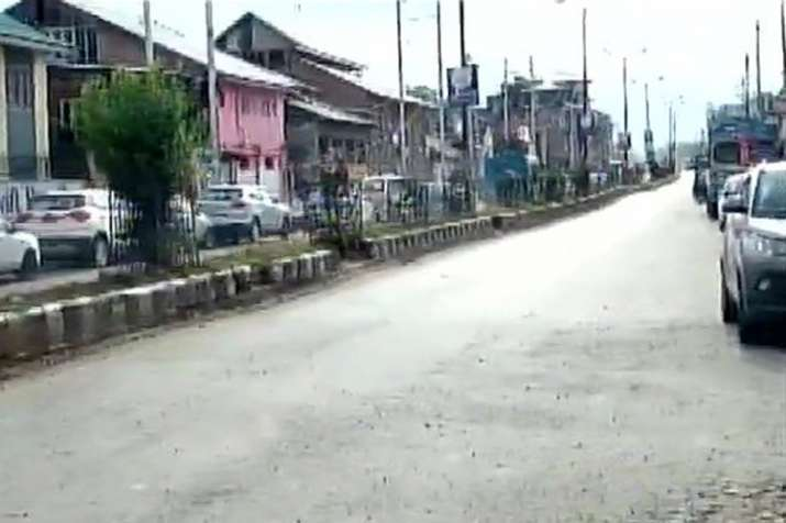 Terrorists attack on security forces at KP road in...- India TV
