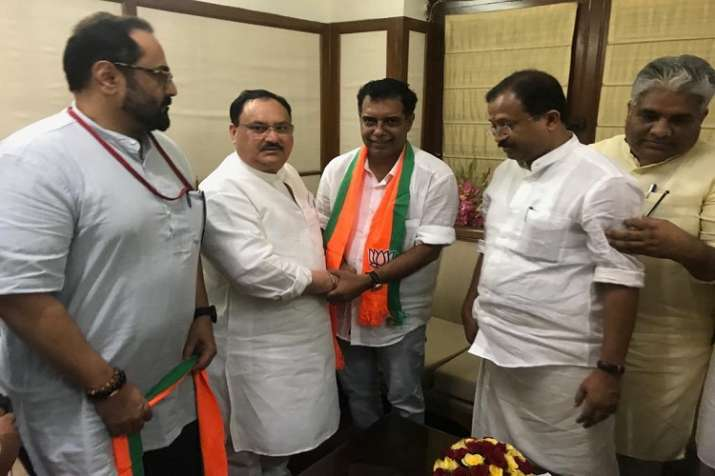 Former Congress leader AP Abdullakutty joins BJP in presence of JP Nadda- India TV
