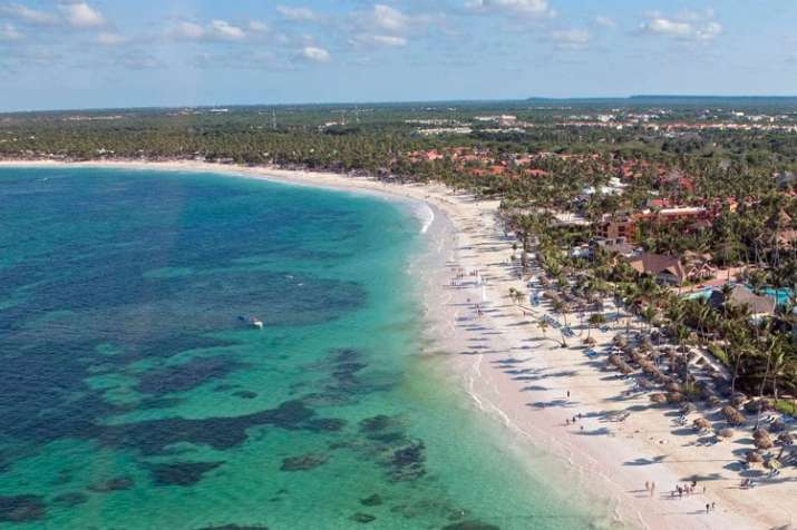 Woman died of shock after finding fiance dead in hotel bed in Dominican Republic- India TV