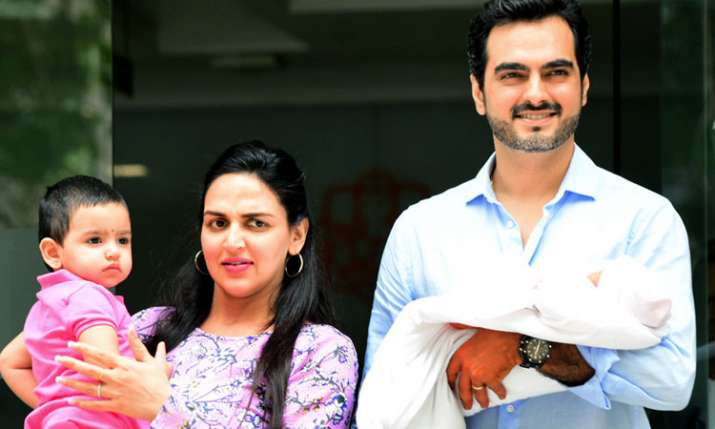 Esha Deol discharged from hospiltal- India TV