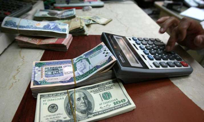 Forex reserves decline by USD 1.3 bn to USD 422.2 bn- India TV Paisa