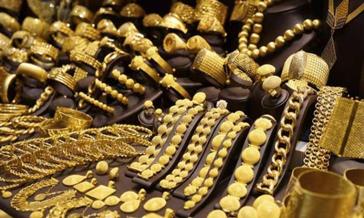 Gold rallies for second day, rises Rs 175 on buying support- India TV Paisa