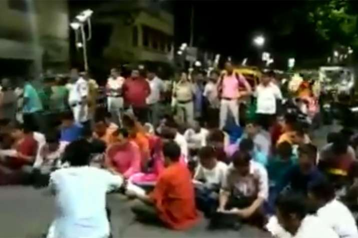West Bengal BJP youth wing chants Hanuman Chalisa to protest against Friday namaz | ANI- India TV