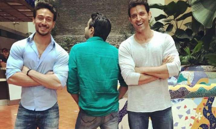 Hrithik Roshan and Tiger Shroff's upcoming movie likely to be titled 'FIGHTERS'- India TV