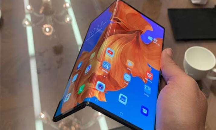 Huawei postpones foldable Mate X shipments to September- India TV Paisa