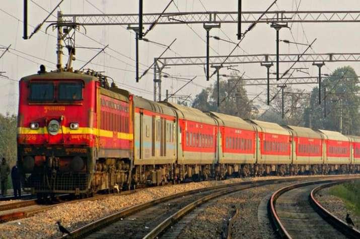 Railways' 100-day plan: Reducing Delhi-Howrah, Delhi-Mumbai travel time by 5 hours- India TV