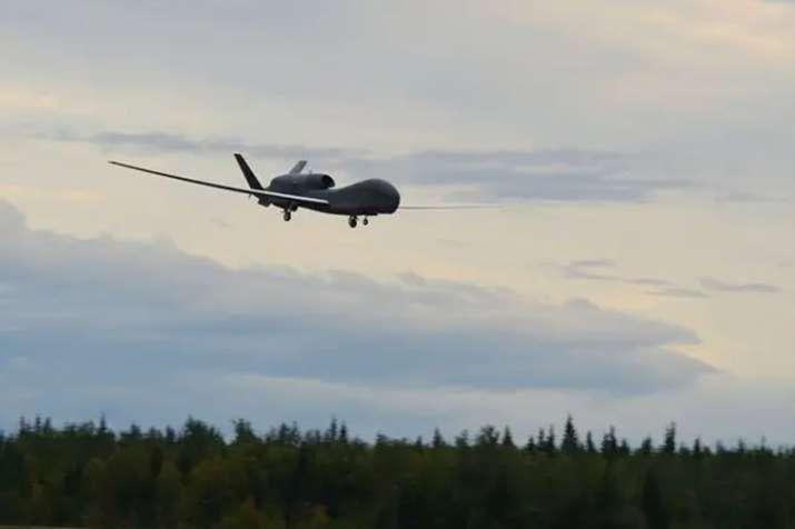 ईरान का दावा, ड्रोन घटना पर अमेरिका बोल रहा है झूठ, UN में करेंगे साबित- India TV
