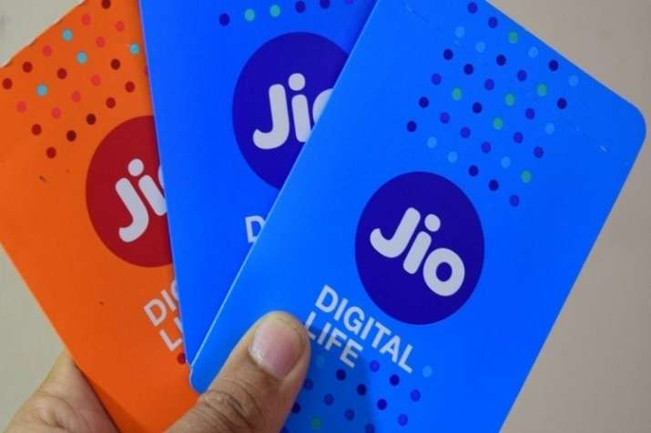 Jio new offer free AJIO coupons on Rs 198, Rs 399 prepaid recharge shopping benefits- India TV Paisa