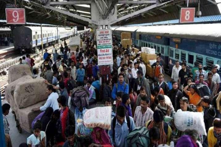 Image result for गर्मी के कारण 12626 केरला एक्सप्रेस में चार यात्रियों की मौत हो गई
