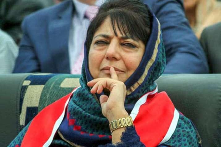 फिर छलका महबूबा मुफ्ती का पाकिस्तान प्रेम, कहा-कश्मीर मामले में पड़ोसी देश भी है स्टेकहोल्डर- India TV
