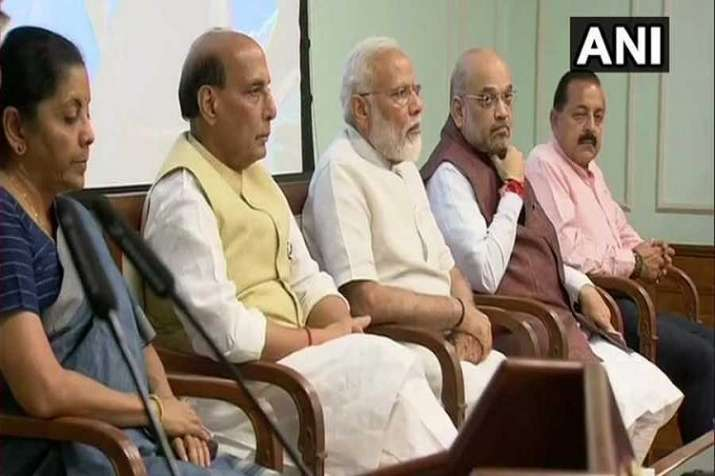 modi govt dismisses 12 senior income tax officers for corruption misconduct- India TV Paisa
