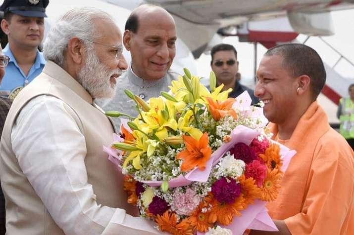 योगी के जन्मदिन पर प्रधानमंत्री, गृहमंत्री और रक्षामंत्री ने दी बधाई- India TV