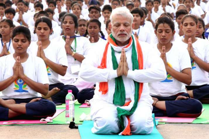 PM Modi will do yoga in Ranchi on World Yoga Day- India TV