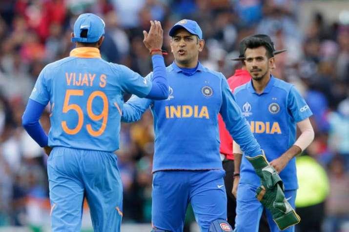 एम.एस धोनी- India TV