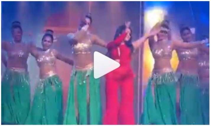 Neha kakkar Dance video- India TV