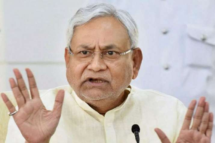 Nitish Kumar visits Muzaffarpur to meet encephalitis patients | PTI- India TV