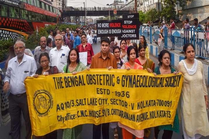 Members of Joint Doctors Forum walk in solidarity during...- India TV