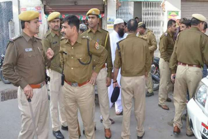 Criminal escaped from police station, 2 head constables and other punished.