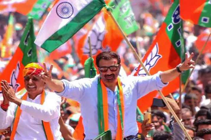 Sunny Deol may lose Gurdaspur seat, courtesy overspending in Lok Sabha election campaign- India TV