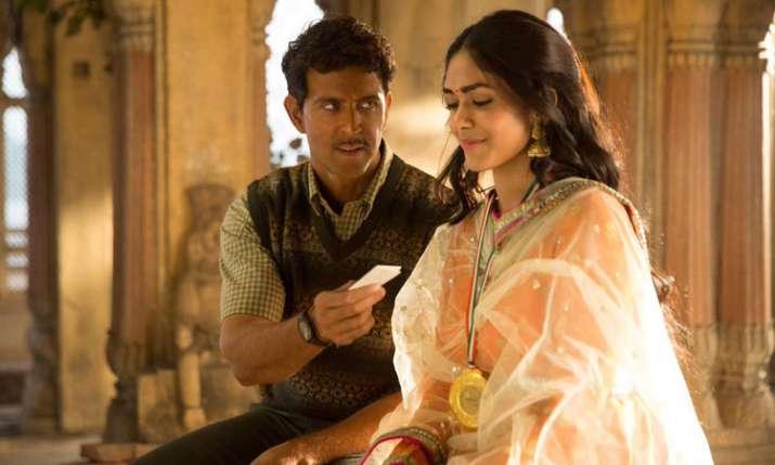 सुपर 30- India TV