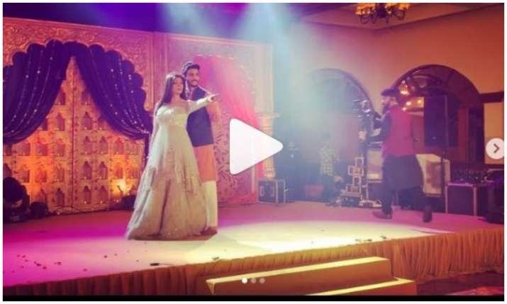 Sushmita sen and Rohman shawl Dance video- India TV