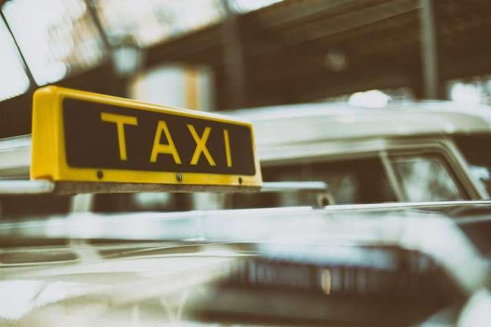 Kashmiri Cab Driver- India TV