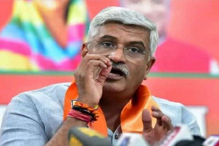 Jal Shakti Minister Gajendra Singh Shekhawat clamed to...- India TV