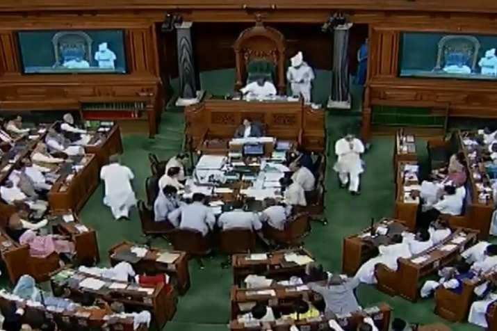 MPs from West Bengal greeted with Jai Shri Ram slogans in Lok Sabha at time of oath taking- India TV