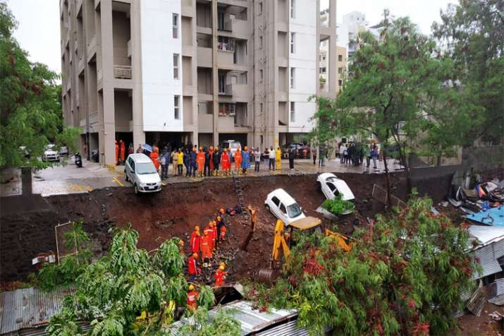Kondhwa wall collapse- India TV