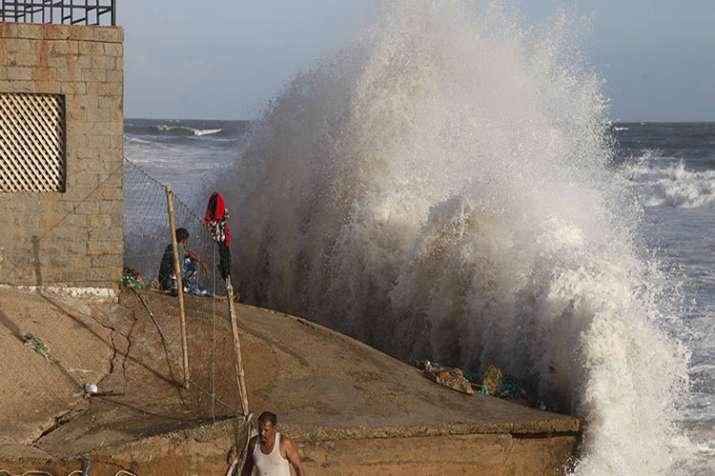 cyclone Vayu- India TV