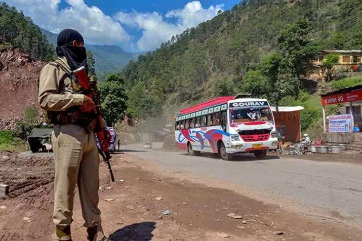 'अमरनाथ यात्रा सुरक्षा कश्मीर के लोगों के खिलाफ'- India TV