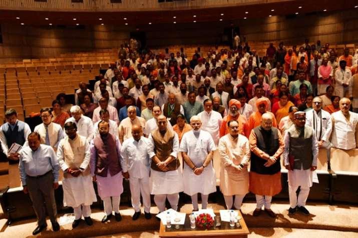 Prime Minister Modi's reaction on Akash Jijayvargiya's...- India TV