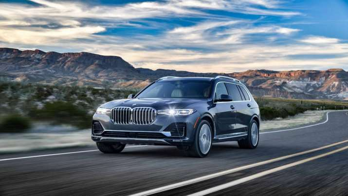 BMW drives in X7 model in India priced at Rs 99 lakh- India TV Paisa
