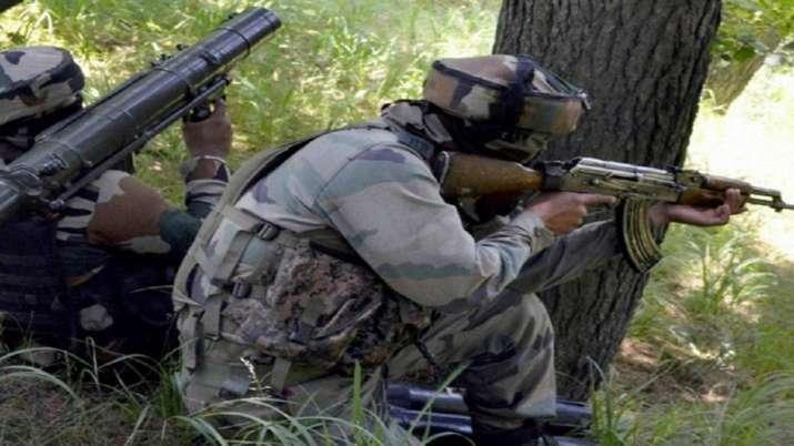 Pakistani intruder shot dead by BSF on International...- India TV