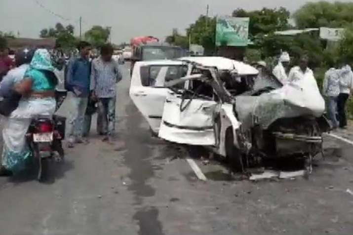 Arvind Kejriwal says Unnao rape victim's car accident appear to be a pre planned conspiracy- India TV