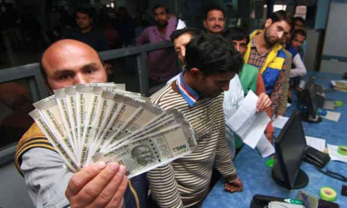448 entities withdrew over Rs 100 cr each, prompting TDS levy- India TV Paisa