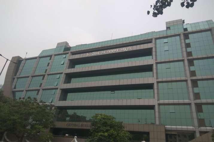 UP: CBI Raids 6 Cities Including Bulandshahr DM Abhay Singh House- India TV