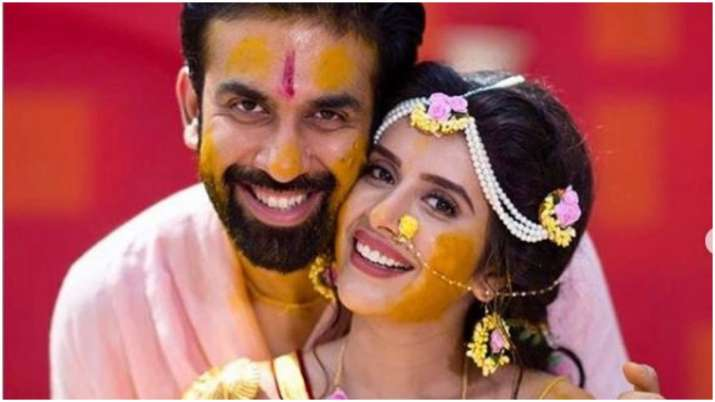 Rajeev sen and charu asopa- India TV