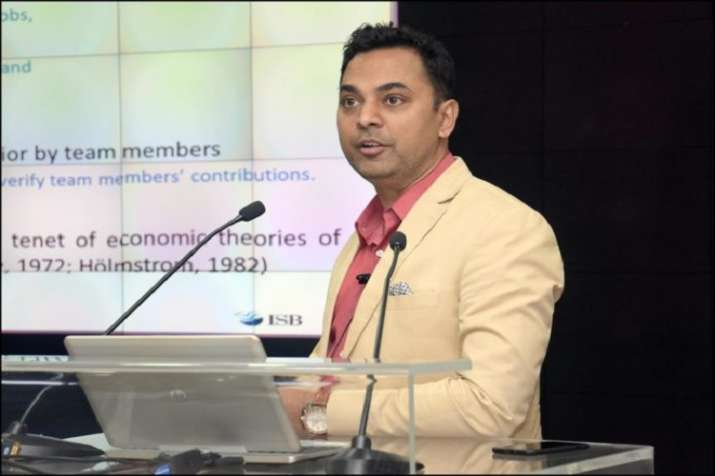 Chief Economic Advisor Krishnamurthy Subramanian - India TV Paisa